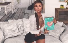 # Mili # 4729 (Mili Miklos (Inventory Mess Blog/Mili Mix)) Tags: fashiowlposes limit8 identity menonlymonthly mom soicey4eva siix empire hellodave iconic hairfair2018 blueberry catwa mila mandala maitreya itgirls