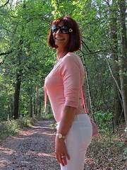 Happy friend (Paula Satijn) Tags: sexy hot girl pink white pants forest woods outside fun joy happy elegant feminine girly girlie cute pretty smile