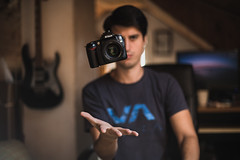 (Viktor Kiss) Tags: nikon d90 d850 50mm 14 room float floating selfportrait blurry depth field portrait