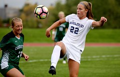 Heads up! (stephencharlesjames) Tags: womens sport ball sports soccer middlebury college castleton vermont ncaa action