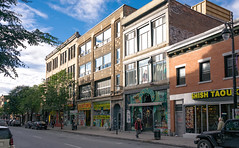 3633-3717 Saint-Laurent, Montreal, Quebec, Canada (lumierefl) Tags: montreal quebec canada can northamerica frenchcanada architecture building 2part residential apartment commercial business retail shop store storefront urban cityscape street 19thcentury 20thcentury