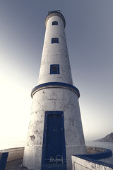 Cabo Home lighthouse (RuiFAFerreira) Tags: blue white wide lighthouse light sunset spain galicia efs1018mmf4556isstm building architecture