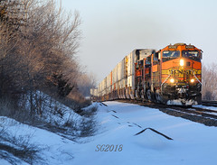 Snow day on the Marceline Sub. (Machme92) Tags: bnsf burligrton bn ge dash9 snow winter railroad railfanning railroads railfans rails rail row railroading railfan sky nikon nikond7200