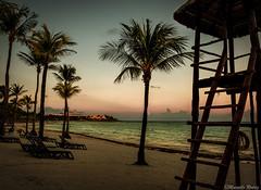 Serenidad (Marcello Rodriz) Tags: 2018 mexico rivieramaya rodriguezpuebla rivera maya costa playa beach sunset atardecer ocean oceano sea mar arena sand fujifilm xh1 1855