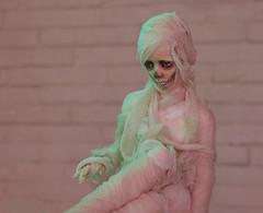 mu060 (here.heidin) Tags: bjd bjdgirl dollmore zaoll gumijung luv balljointed doll bandage mummy spooky