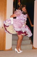 Sissy 9 (Deedee Fullskirt) Tags: petticoat crossdresser transvestite fullskirt highheels
