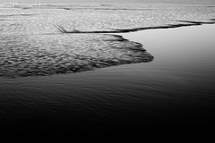 Wave (MobilShots) Tags: blende1net patrickgorden fotografhamburg fuji fujifeed fujifilm hamburg outdoor urban xt1 water beach lake wave blackandwhite monochrome nature