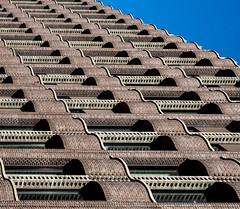Rollin Rollin Rollin (Lumen Candela) Tags: bremen germany bremerlandesbank statebank waves wellen backstein brickhouse bricks lines windows fenster