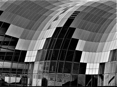The Sage - Black and White Glass (Gilli8888) Tags: olympus e450 dslr newcastle newcastleupontyne northtyneside tyneandwear quayside newcastlequayside northeast gateshead buildings architecture blackandwhite windows thesage sage music concerthall concertvenue glass angles geometric curve curves highcontrast