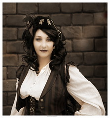 OKIMG_6270 (taymtaym) Tags: comics steampunk steam punk steampunkitalia cosplayer cosplayers costumes romics 2018 cosplay fall autunno costume costumi girl lady pirate