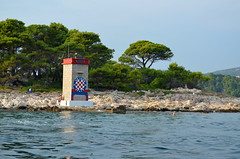 Entrance To Rab Harbour [Rab - 24 August 2018] (Doc. Ing.) Tags: 2018 rab croatia otokrab rabisland happyisland kvarner kvarnergulf summer mediterraneansea adriatic landscape lighthouse hajduksplit suchapunta nikond5100