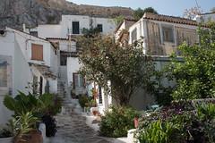 Anafiótika, Athens Greece (=Mirjam=) Tags: nikond750 athens greece anafiótika islandinthecity citytrip travels 52in2018challenge white street idyllic oktober 2018 top20greece