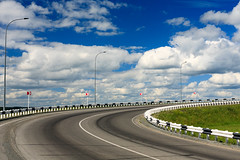 Road curve (man_from_siberia) Tags: road curve turning turn sky summer july asphalt canon eos 5d dslr canoneos5d canon5d canon5dclassic canon5dmk1 50mm canonef50mmf18ii russia россия сибирь siberia