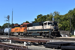 Oregon Grinstein (R.G. Five) Tags: grinstein oregon il bnsf ogle county railroad train sd70mac aurora sub