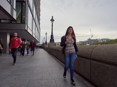 South Bank. 20181011T15-36-40Z (fitzrovialitter) Tags: blackfriars cathedralsward england gbr geo:lat=5150868000 geo:lon=010619000 geotagged unitedkingdom peterfoster fitzrovialitter city camden westminster streets urban street environment london fitzrovia streetphotography documentary authenticstreet reportage photojournalism editorial daybyday journal diary captureone olympusem1markii mzuiko 1240mmpro microfourthirds mft m43 μ43 μft ultragpslogger geosetter exiftool girl portrait streetportrait candid streetcandid candidstreet candidportrait