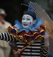 Bring In The Clowns (Scott 97006) Tags: clown face paint costume parade image fun