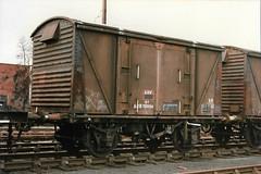 W 783934 040385 (stevenjeremy25) Tags: zdv vanwide br van vba shrewsbury rust bauxite railway wagon