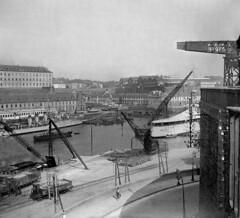 1933 Bretagne 15 l'arsenal de Brest (tguffroy) Tags: bretagne brest arsenal croiseur lamottepicquet