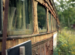 (toulouse goose) Tags: film kodak portra 160 mamiya 645 e 120 sekor150mm35 mediumformat c41 homedeveloped epson v500 rusty ttc streetcar