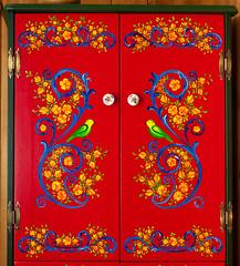 Hindeloopen Cabinet 696 (newerp) Tags: folk art painting hindeloopen bird flowers folkart volkskunst dutch vogel bloem schilderen tulp tulip