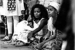 Foto-Arô Ribeiro-6960 (Arô Ribeiro) Tags: pb bnw bw blackandwhite blackandwhiteportrait blackwhitephotos pretoebranco candidportrait portrait arte fineart nikond7000 nikond40x thebestofnikon nikon arôribeirofotógrafo brazil sãopaulo ourstreets