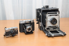 Miniature, medium and large format cameras (Howard Sandler (film photos)) Tags: cameras vintage rollei35 rolleib35 zeiss superikonta graflex crowngraphic