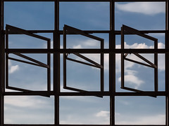 Bauhaus Dessau, window mechanism detail (Alexander Dülks) Tags: 2018 lines architektur window himmel bauhaus glassfaçade linien façade glas glasfassade steel fassade cloud dessau fenster waltergropius glass wolke gropius sky architecture germany abstrakt abstract abstractarchitecture