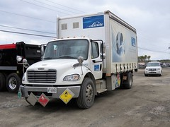 The Linde Group 16P653 Freightliner M2 Box Truck (Gerald (Wayne) Prout) Tags: thelindegroup16p653freightlinerm2boxtruck thelindegroup 16p653 freightliner m2 box truck expertgarage riversidedrive mountjoytownship cityoftimmins northeasternontario northernontario ontario canada prout geraldwayneprout canon canonpowershotsx60hs powershot sx60 hs digital camera photographed photography trucking linde van delivery commercial riverside drive mountjoy city timmins northeastern northern expert garage