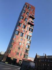 Hafencity Hamburg (VreSko) Tags: red roja rojo rot house casa haus germany deutschland hamburgo hamburg town stadt ciudad hafencity city