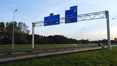 DSCN8778 (DutchRoadMovies) Tags: stevinsluizen afsluitdijk den oever a7 rijksweg ijsselmeer waddenzee bridge lake freeway motorway water sea locks