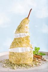 pera_011 (Eduardo Palacios Fotógrafo) Tags: foodporn foodphotography food pear dessert cooking cheese pinions