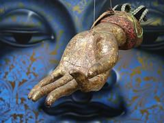 1 Hand Tied (Robert Cowlishaw (Mertonian)) Tags: deeply hand tied mertonian robertcowlishaw canon powershot g1x mark iii canonpowershotg1xmarkiii interesting faith symbolic maui2018 hawaii art hanging buddha