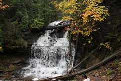 Wagner Falls (sambhensley) Tags: canoneos50d munising mi water falls foliage