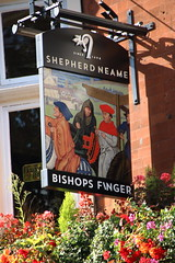 Pub sign for The Bishops Finger, Smithfield. (Peter Anthony Gorman) Tags: bishopsfinger smithfield shepherdneame pubsigns
