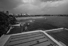 DSC01448 (Damir Govorcin Photography) Tags: bondi beach sydney blackwhite monochrome wide angle landscape sony a7ii zeiss 1635mm swimming pool water clouds sky composition