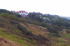 P1250236 (dave_attrill) Tags: hotelsite hotel collapsed holbeckhall 1993 cliff clevelandway southbay scarborough northyorkshire yorkshire october 2018