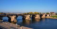 Alte Brücke in Dresden (antje whv) Tags: brücken bridges dresden dresdenaltstadt elbe flüsse river