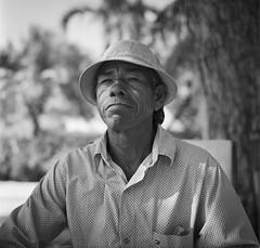 Juan Bautista (RoryO'Bryen) Tags: santamarta pescador sevillano ciénagagrandedesantamarta leader portrait retrato roryobryen rolleiflex rolleiflex28d mediumformat formatomedio kodaktrix blackandwhite blancoynegro biancoenero noiretblanc pretoebranco film analoguephotography 120mm colombia copyrightroryobryen