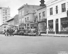 Main Street Looking East (lakelandlibrary) Tags: automobiles streets commercial districts businesses