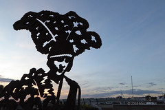 Joan Morgan - Shoreham Hero (04) (Malcolm Bull) Tags: include shoreham heroes beach sculpture 20181023shoreham0004edited1web joan morgan actress