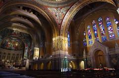 JLF16285 (jlfaurie) Tags: lisieux basilique basilica saintethérèse santateresa daniel marie france mpmdf mechas louisette 102018 normandie normandia