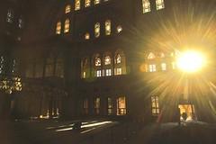 Illuminated prayer (Mi-Fo-to) Tags: moschea mosque istanbul muslim musulmano preghiera prayer fedele light luce window finestre interior interno raggi ray barocca baroque nuruosmaniyecamii