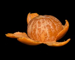 Little Mandarin (Oliver Leveritt) Tags: fruit mandarin orange blackbackground macro nikond610 sigmaapomacro180mmf28exdgoshsm oliverleverittphotography sigma180mm yongnuoyn685 speedlite speedlight flash