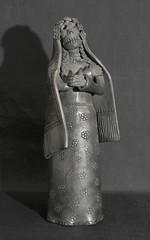 Skeleton Bride Coyotepec Mexico Pottery (Teyacapan) Tags: barronegro coyotepec oaxaca bride skeleton calaca novia pottery dayofthedead blackpottery mexican