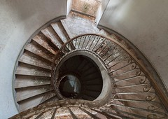 American's stairs. (saoulsliberty) Tags: stair shoot stairs urbanexploration urbex urbandecay urban urbexbelgium europe rurex explorationurbaine explorer exploration explore exploring explorin exposure escalier désuétudeéternelle decay darkness decayed longexposure lost lostplace abandon abandoned abandonedplaces abandonedworld abandonné abandonned abandonedbuilding abandonedcastle autumn