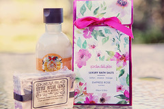 Bathtime bliss (crafty1tutu (Ann)) Tags: challenge 52in2018challenge 37three bathtime bath relaxation relax perfume crafty1tutu canon5dmkiii canon24105lserieslens anncameron