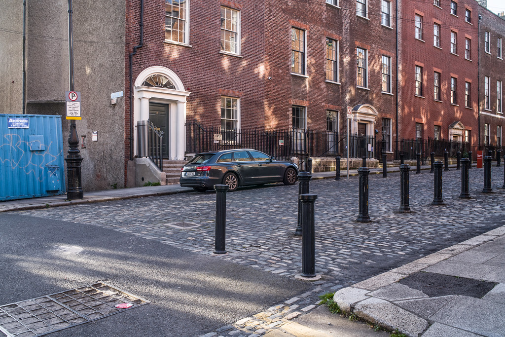 HENRIETTA STREET [WAS ONE OF THE WEALTHIEST STREETS IN THE BRITISH EMPIRE]-144920