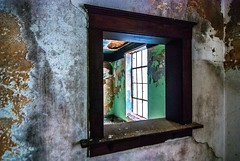 (rickhanger) Tags: urbex urbanexploration urbandecay abandoned abandonedbuilding windows
