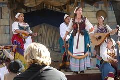 The Merry Wives of Windsor (c_nilsen) Tags: digital digitalphoto california santaclaracounty casadefruta northerncaliforniarenaissancefaire renaissancefaire themerrywivesofwindsor