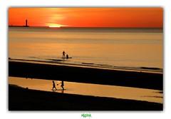 DUNKERQUE / LA VIE EN ROSE (régisa) Tags: malolesbains dunkirk dunkerque sunset coucher soleil plage beach phare lighthouse saintpol mer sea merdunord